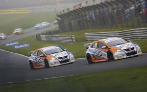 RCIB Insurance Racing at Donington Park