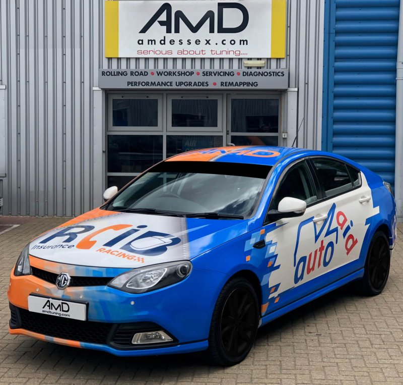 AmD with AutoAid/RCIB Insurance Racing offers money can't buy BTCC prize